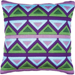 Coussin au point lancé Triangles de mauves & verts