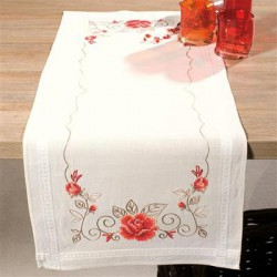 Chemin de table Roses gracieuses
